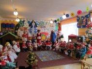 Święty Mikołaj uprzedszkolaków wChmielniku